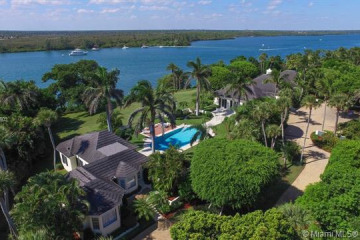 Home for Sale at 430 S Beach Road, Hobe Sound FL 33455