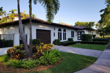 Home for Rent at 701 Madeira Ave, Coral Gables FL 33134