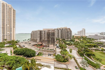 Home for Sale at 888 Brickell Key Dr #1503, Miami FL 33131