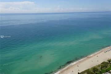 Home for Sale at 16699 Collins Ave #3208, Sunny Isles Beach FL 33160