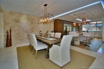 Home for Sale at 2000 S Bayshore Dr #13, Miami FL 33133
