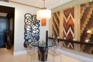 Home for Rent at 1425 Brickell Av #52D, Miami FL 33131