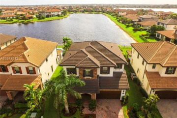 Home for Rent at 8870 W Watercrest Cir W, Parkland FL 33076
