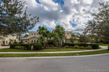 Home for Sale at 7574 Old Thyme Court #9-D, Parkland FL 33076