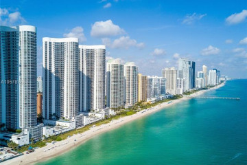 Home for Sale at 15811 Collins Ave #3104, Sunny Isles Beach FL 33160