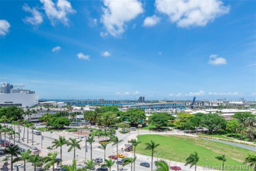 Home for Sale at 244 Biscayne Blvd #502, Miami FL 33132