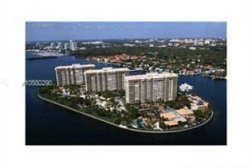 Home for Rent at 2 Grove Isle Dr #B1207, Miami FL 33133
