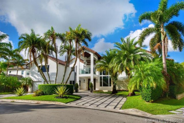 5274 NW 94th Doral Pl
