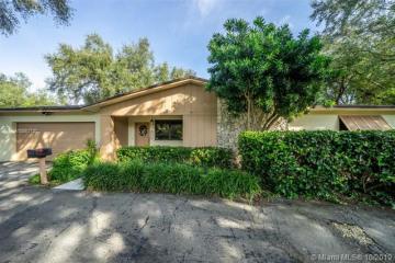 Home for Sale at 7505 SW 167th St, Palmetto Bay FL 33157