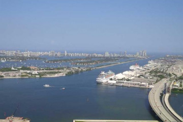 Home for Rent at 888 Biscayne Bl #5302, Miami FL 33132