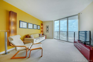 Home for Sale at 325 S Biscayne Blvd #4218, Miami FL 33131