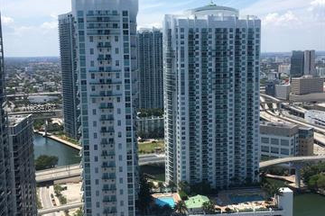 Home for Rent at 31 SE 5 St #3421, Miami FL 33131