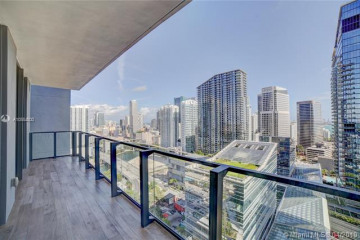 Home for Sale at 88 SW 7 Street #2405, Miami FL 33130