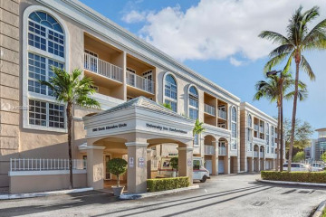 Home for Sale at 1280 S Alhambra Cir #1427, Coral Gables FL 33146