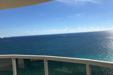 Home for Sale at 17555 Collins Ave #UP-2, Sunny Isles Beach FL 33160