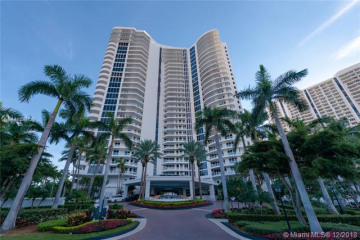 Home for Sale at 21200 Point Pl #1901, Aventura FL 33180