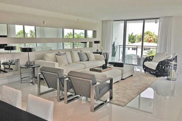 Home for Sale at 9400 W Bay Harbor Dr #404, Bay Harbor Islands FL 33154
