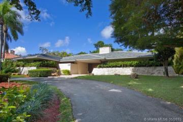Home for Rent at 7322 Vistalmar St, Coral Gables FL 33143