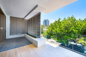 Home for Sale at 311 Meridian Ave #302, Miami Beach FL 33139
