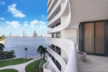 Home for Sale at 3000 Island Blvd #404, Aventura FL 33160