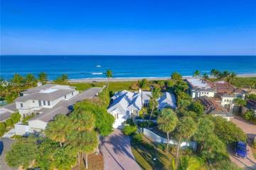 Home for Sale at 23 Ocean Drive, Jupiter FL 33469