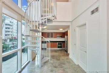 Home for Sale at 480 NE 30th St #L106, Miami FL 33137