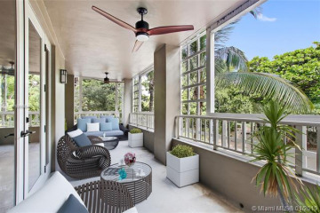 Home for Sale at 3540 Main Hwy #210, Coconut Grove FL 33133