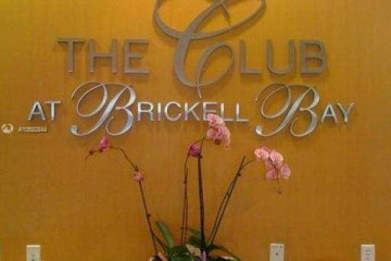 Home for Sale at 1200 Brickell Bay Dr #3323, Miami FL 33131