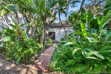 Home for Sale at 2891 Seminole St, Miami FL 33133