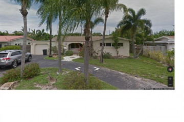 Home for Sale at 2761 NE 53rd St, Lighthouse Point FL 33064