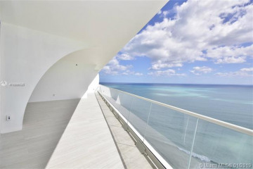Home for Sale at 16901 Collins Ave #4003, Sunny Isles Beach FL 33160