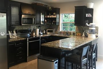 Home for Rent at 3243 Gifford Ln, Miami FL 33133