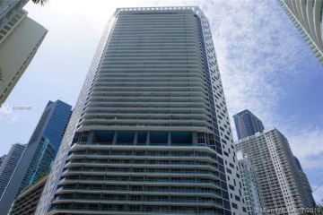 Home for Rent at 1300 Brickell Bay Dr #3304, Miami FL 33131