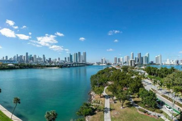 Home for Sale at 1000 Venetian Way #710, Miami FL 33139