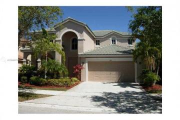 Home for Rent at 1667 Royal Grove Way, Weston FL 33327