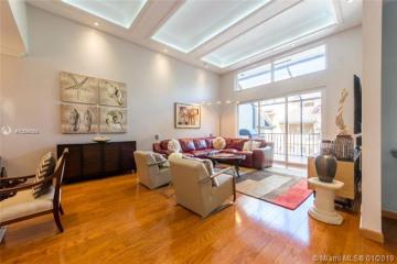 Home for Sale at 2000 S Bayshore Dr #54, Miami FL 33133