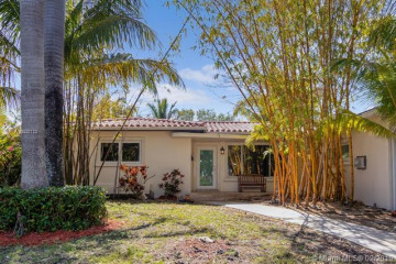 Home for Rent at 720 N Shore Dr, Miami Beach FL 33141