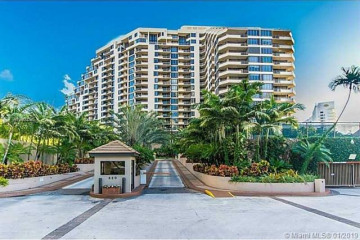 Home for Sale at 520 Brickell Key Dr #A1521, Miami FL 33131