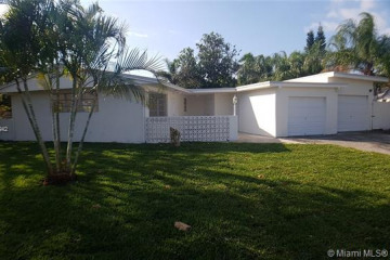 Home for Sale at 4774 NW 2nd Pl, Plantation FL 33317