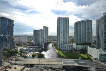 Home for Sale at 31 SE 5 St #2511, Miami FL 33131