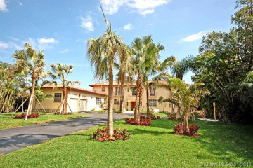 Home for Sale at 309 Center Island, Golden Beach FL 33160