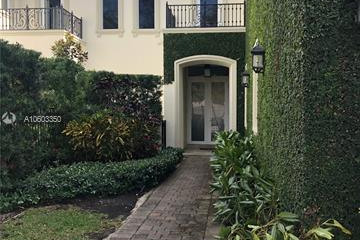 Home for Rent at 4809 University Dr, Coral Gables FL 33146