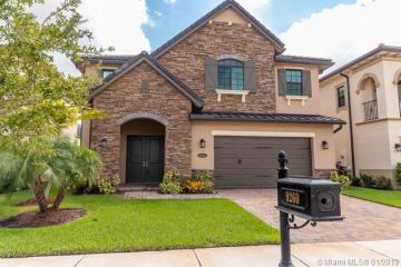 Home for Rent at 9260 E Meridian Dr E, Parkland FL 33076