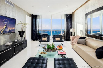 Home for Sale at 18101 Collins Ave #3804, Sunny Isles Beach FL 33160