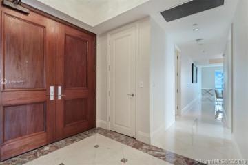 Home for Sale at 1425 Brickell Ave #51B, Miami FL 33131