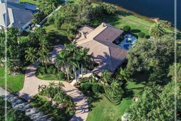 Home for Sale at 3415 Saddlebrook Ln, Weston FL 33331