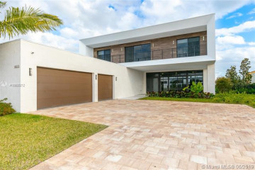 Home for Sale at 16630 Sunset Way, Weston FL 33326