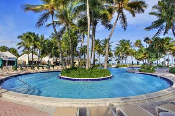 Home for Sale at 797 Crandon Blvd #CABANA 851, Key Biscayne FL 33149