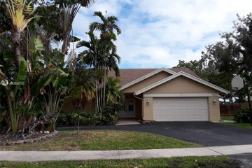 Home for Rent at 1070 NW 95th Ave #N/A, Plantation FL 33322