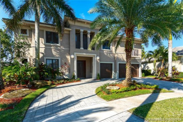 Home for Sale at 691 Carrotwood Ter, Plantation FL 33324